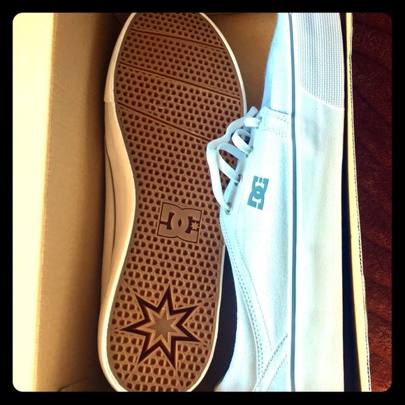 DC Other - DC men's shoes (new)